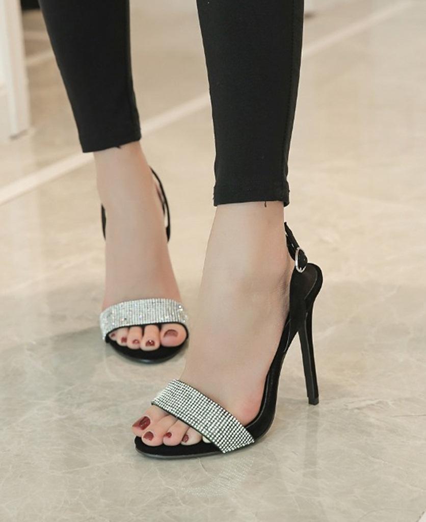 siyah taşlı topuklu süet sandalet sk30181