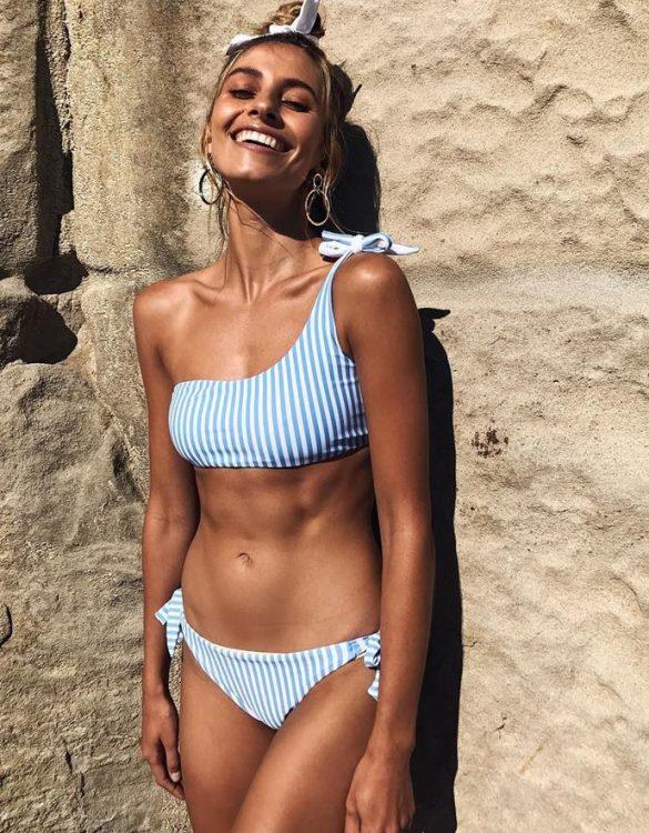 mavi beyaz tek askılı bikini sk32218