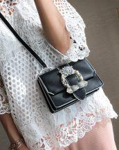 siyah incili mini omuz çantası sk32124