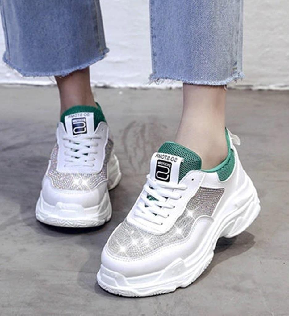 yeşil beyaz taşlı spor ayakkabı sk34799