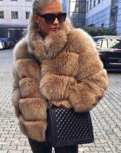 camel bej yakalı kabarık kürk ceket sk37249