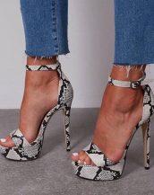 yılan desenli platform topuklu sandalet sk40257