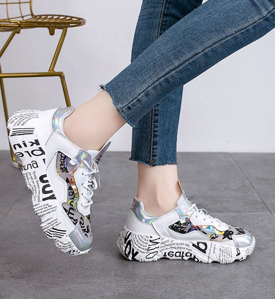 gümüş baskılı kalın taban spor ayakkabı sk41445